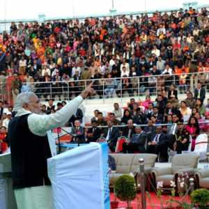 30 नवम्बर, 2014 का दिने इंफाल में मणिपुर संगई महोत्सव-2014 के समापन समारोह के संबोधित करत प्रधानमंत्री नरेन्द्र मोदी.
