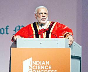 मुंबई में 102वां भारतीय विज्ञान कांग्रेस के उद्धाटन समारोह के संबोधित करत पीएम मोदी.